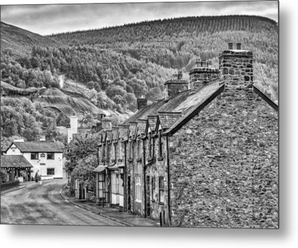 Sleepy Welsh Village Metal Print