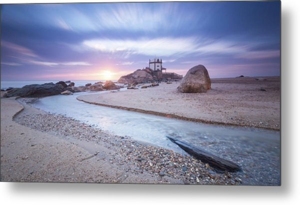 Metal Print featuring the photograph Sliding Into Time by Bruno Rosa