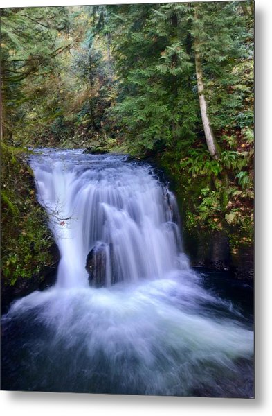 Small Cascade Metal Print