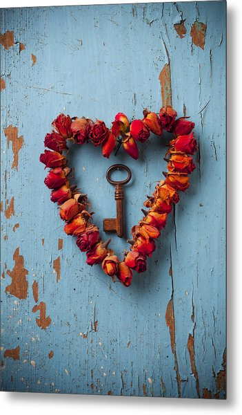 Small Rose Heart Wreath With Key Metal Print