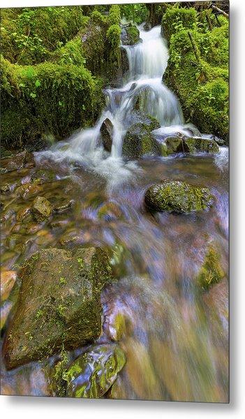 Small Waterfalls Along Wahkeena Creek Metal Print