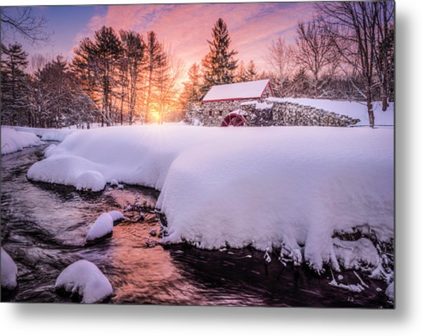 Snowbound Dawn Metal Print
