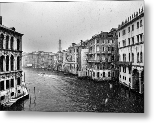 Snowy Day In Venice Metal Print