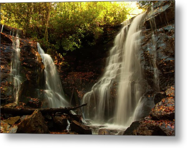Metal Print featuring the photograph Soco Waterfalls From Spillway by Chris Flees