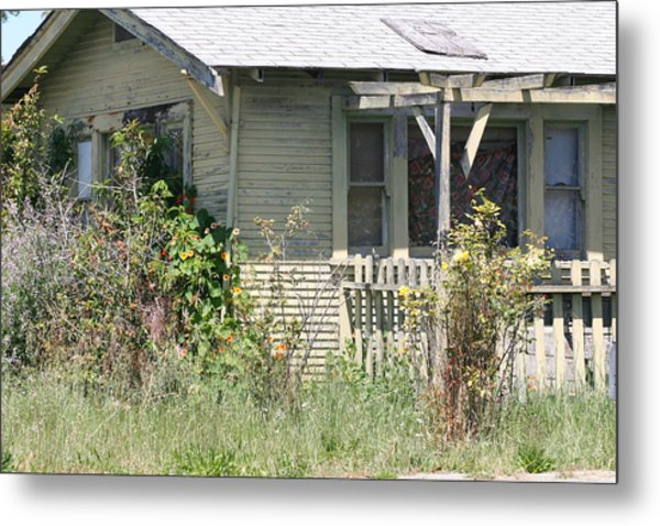 Someone's Home Metal Print by Wendi Curtis