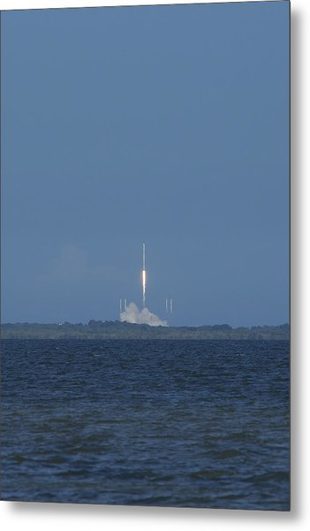 Spacex Crs6 Liftoff Metal Print