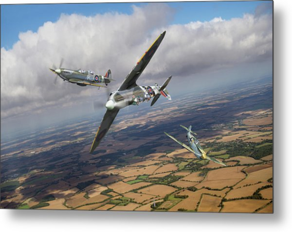Metal Print featuring the photograph Spitfire Tr 9 Fighter Affiliation by Gary Eason