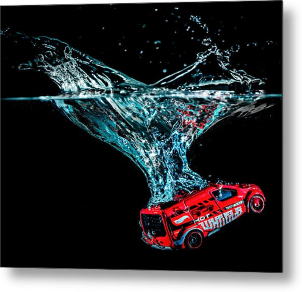 Splash Down Metal Print