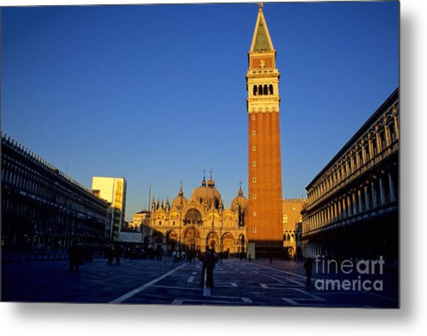 St Marks In Venice In Afternoon Sun Metal Print by Michael Henderson