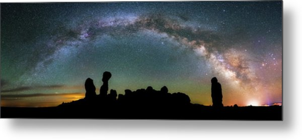Metal Print featuring the photograph Stargazing Family by Darren White