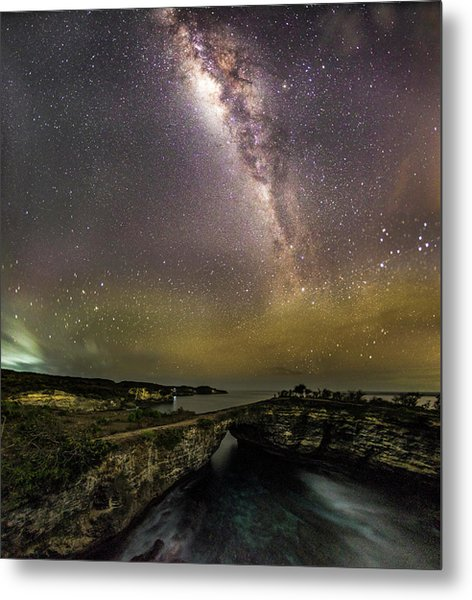 Metal Print featuring the photograph stary night in Broken beach by Pradeep Raja Prints