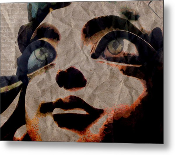 Statues Don't Cry Metal Print by Shawn Ross