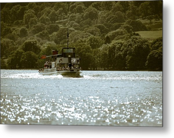 Steaming Across The Lake Metal Print by Andy Smy