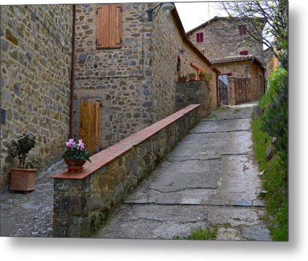 Steep Street In Montalcino Italy Metal Print