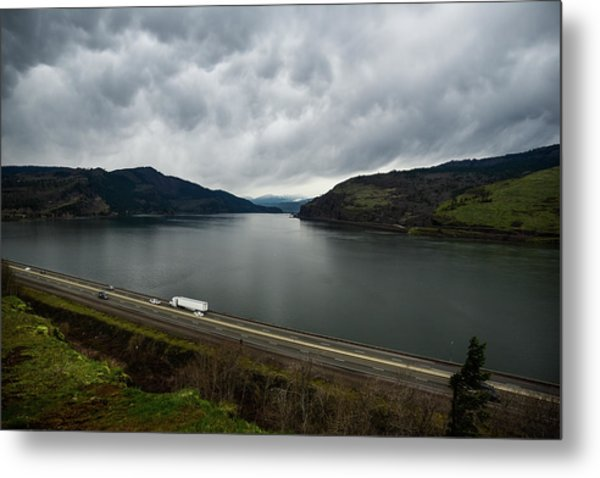 Storm Brewing On The Columbia Metal Print
