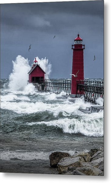 Storm On Lake Michigan By The Grand Haven Lighthouse With Flying Gulls Metal Print