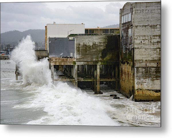 Storm Waves Hit Aeneas Ruins At Cannery Row Metal Print
