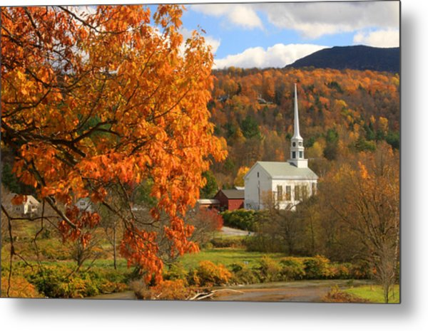 Stowe Vermont In Autumn Metal Print