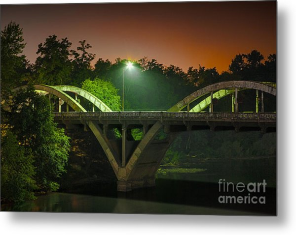 Street Light On Rogue River Bridge Metal Print