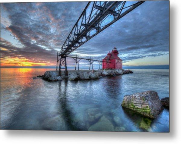 Sturgeon Bay Lighthouse Sunrise Metal Print