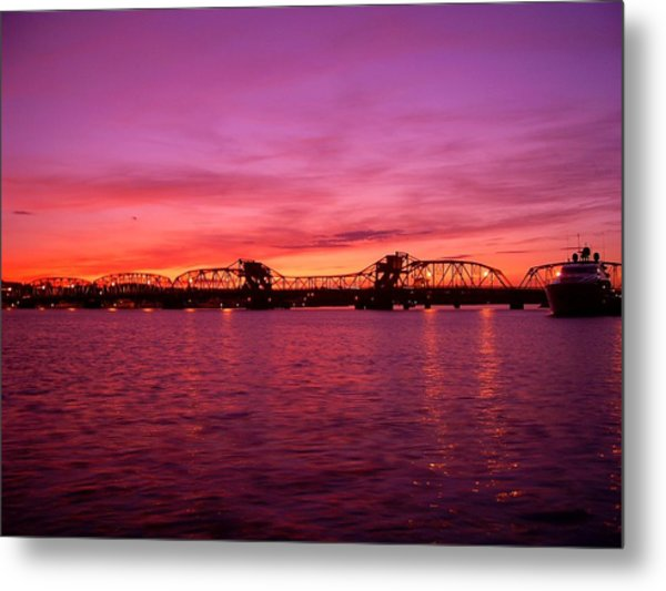 Sturgeon Bay Sunset Metal Print by Jeremy Evensen