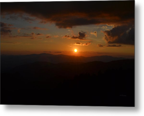 Sun Going Down Over The Great Smoky Mountains Metal Print