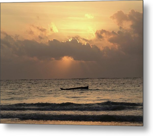 Sun Rays On The Water With Wooden Dhows Metal Print