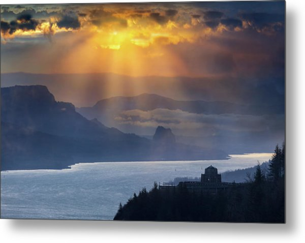 Sun Rays Over Columbia River Gorge During Sunrise Metal Print