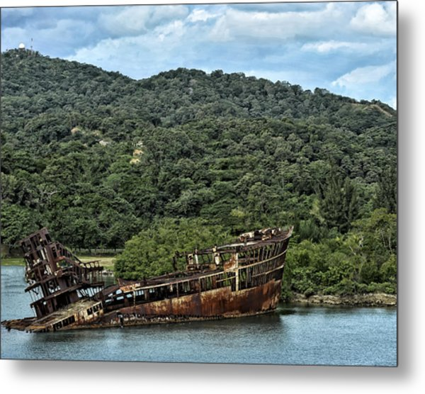 Metal Print featuring the photograph Sunken Shop by Linda Constant