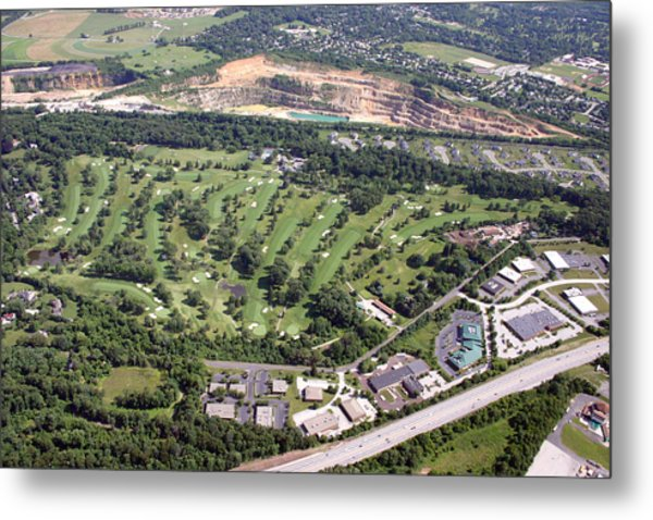 Sunnybrook Golf Club Golf Course Metal Print by Duncan Pearson