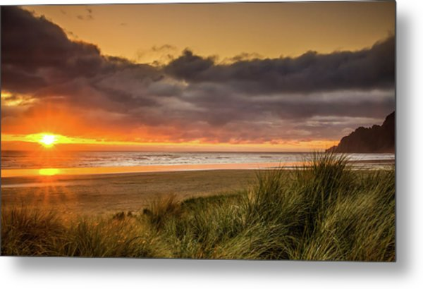 Sunrays Over Manzanita Metal Print
