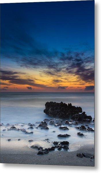 Sunrise At Coral Cove Park In Jupiter Vertical Metal Print