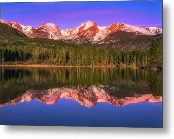 Metal Print featuring the photograph Sunrise At Sprage Lake by Darren White