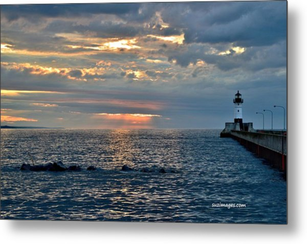 Sunrise In Duluth Metal Print