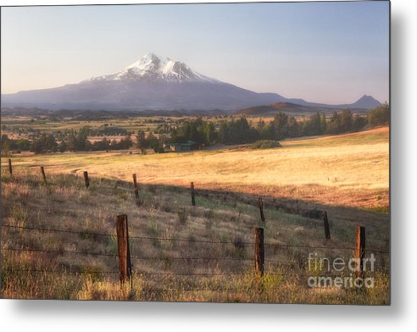 Sunrise Mount Shasta Metal Print