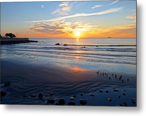Sunrise Over Red Rock Park Lynn Shore Drive Metal Print
