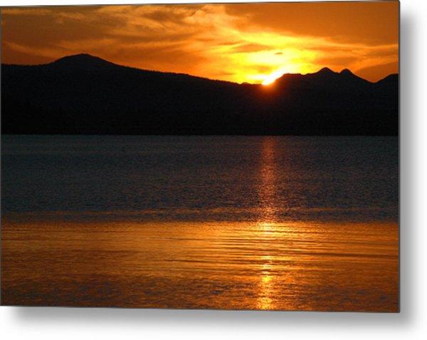 Sunrise Over Yellowstone Lake Metal Print