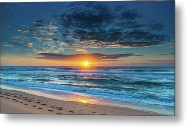Sunrise Seascape With Footprints In The Sand Metal Print