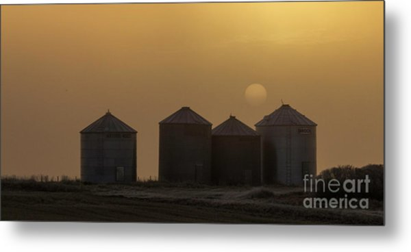 Sunrise Through The Fog Metal Print