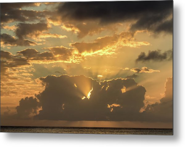 Metal Print featuring the photograph Sun's Rays by David Buhler