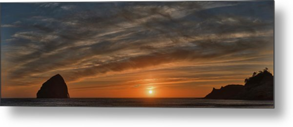 Sunset At Cape Kiwanda Metal Print