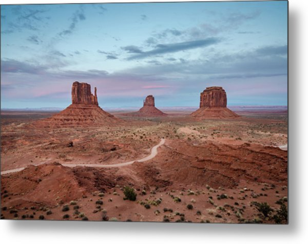 Metal Print featuring the photograph Sunset At Monument Valley No.1 by Margaret Pitcher