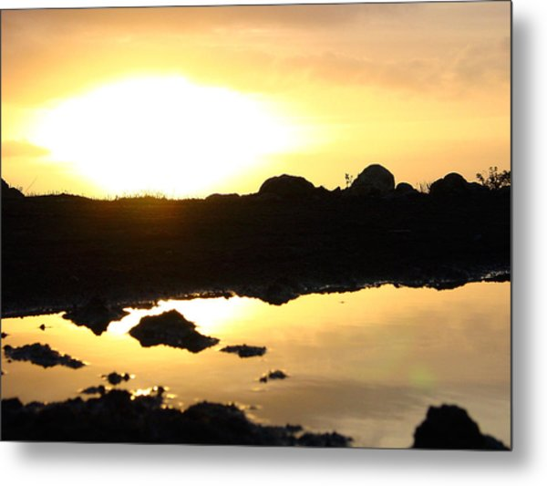 Sunset Metal Print by Edan Chapman