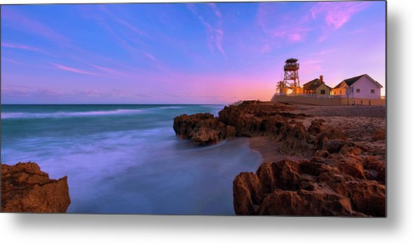 Sunset Over House Of Refuge Beach On Hutchinson Island Florida Metal Print