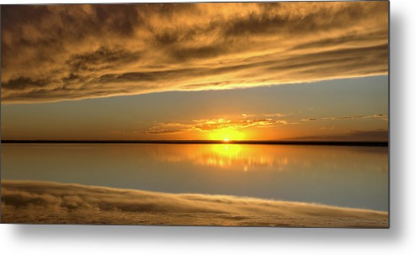 Sunset Under The Clouds Metal Print