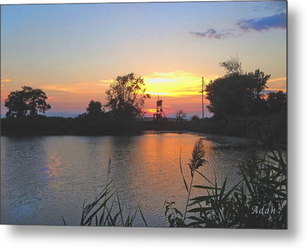 Sunset West Of Myer's Bagels Metal Print