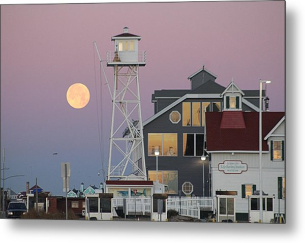 Super Wolf Moon At The Watch Tower Metal Print