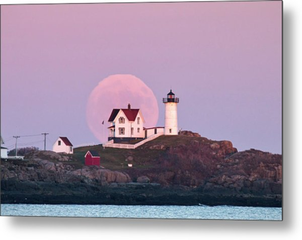 Supermoon Over Nubble Lighthouse Metal Print