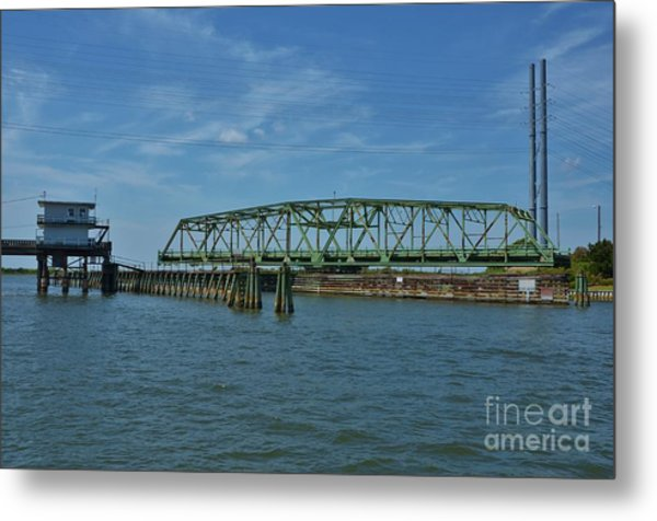 Surf City Swing Bridge - 1 Metal Print