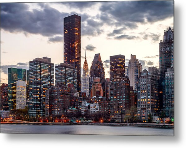 Surrounded By The City Metal Print